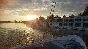 Bild: Fahrt in den Sonnenuntergang mit Good Choice