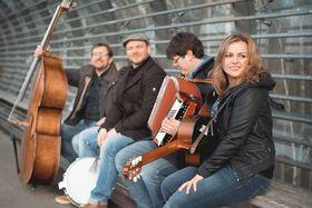 Bild: Fee Badenius & Band