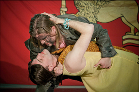 """Bild: NEUES GLOBE THEATER zeigt: """"Othello"""" - Drama von William Shakespeare, Deutsch von Frank-Patrick Steckel"""