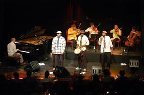 """MOZULUART """"Township Serenade - Mozart meets Zulu"""""""
