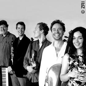 Bild: Ensemble ZRI - Zum Roten Igel