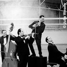 Bild: Janoska Ensemble - Janoska Style