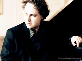Bild: Klavierabend mit Alexander Schimpf
