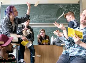 Bild: Herr Schröder - World of Lehrkraft – Ein Trauma geht in Erfüllung