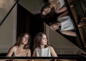 Bild: Klavierduo - Ani & Nia Sulkhanishvili