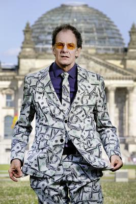 Bild: Chin Meyer: Macht! Geld! Sexy?