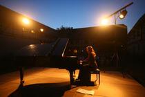 Bild: Vollmond-Klaviernacht mit Ragna Schirmer