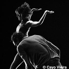 Bild: Balé Teatro Guaira - tanzt