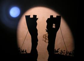 """Bild: Theater Handgemenge - """"Königs Weltreise"""""""