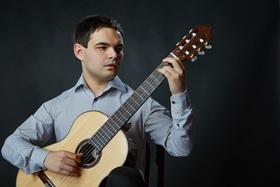Bild: Dmytro Omelchak (Gitarre): Fantasien