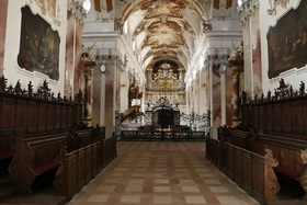 Bild: Gästeführung Abteikirche mit Orgelvorspiel