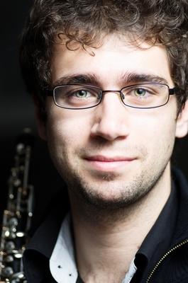 Bild: Sinfonieorchester Basel & Marc Lachat (Oboe), Erik Nielsen (Leitung)