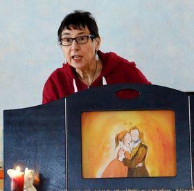 Bild: Helga erzählt Märchen für Kinder