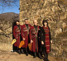 Bild: Ananuri (Georgien) - Kaukasische Polyphonien und Folk