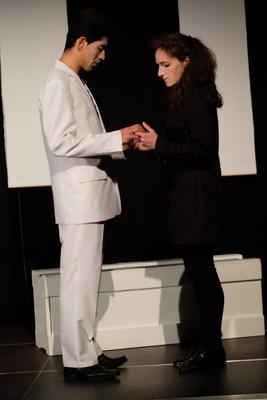 Bild: Antigone - Gastspiel - Premiere in Frankfurt