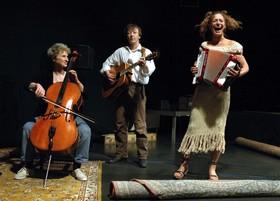 Bild: TheaterhausEnsemble - Das Schaf fürs Leben