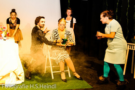 Bild: Anna Funk Ensemble: Jedermann - Theater Haar