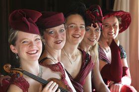 Bild: Die Dresdner Salondamen - Mit Musik geht alles besser