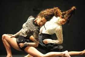 Bild: Vertigo Dance Company - Künstlerische Leitung: Noa Wertheim & Adi Sha´al