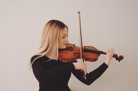 Bild: Jugendsinfonieorchester präsentiert Bach, Vivaldi und weitere Werke - mit Solokünstlern des Jugendsinfonieorchesters
