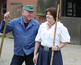 Bild: Goode Landluft gifft dorto - Heiterer Schwank vom Lande von den Neenkarkner Dörpspeelern in drei Akten von Wilfried Reinehr