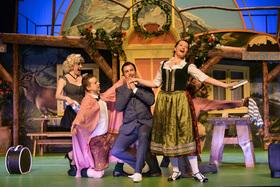 Bild: Im weißen Rössl - Rasant-komödiantische Operetten-Show mit Kniff und Augenzwinkern