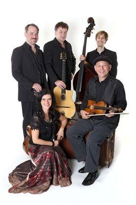 Bild: Hot Club Harmonists: Über die Donau weht der Wind - Folk- und Gypsymusik von Bratislava bis zum Schwarzen Meer