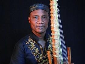 Bild: Adjiri Odametey: DZEN - Afrikanische Weltmusik