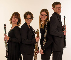 Bild: Klar!Klang - Verena Hock, Christiane Kläger und Bernd Schmidt, Klarinette; Susanne Kolb, Bassklarinette