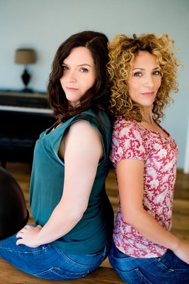 Bild: Pariser Flair - Eine musikalische Stadtführung - Marie Giroux und Jenny Schäuffelen