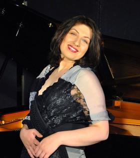 """Bild: SILVESTERKONZERT """"Weltklassik am Klavier - Lieder ohne Worte - Bilder einer Ausstellung!"""""""