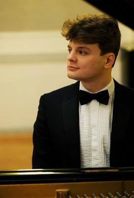 Bild: Junge Meister der Klassik - Romantischer Klavierabend