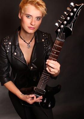 Bild: Yasi Hofer - Fusion Rock der Extraklasse