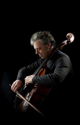 Bild: Julius Berger - Cello und Knabenstimme