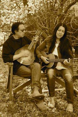 Angelina & J.C. Grimshaw - în Kooperation mit Osnabrücker Bluesverstärker