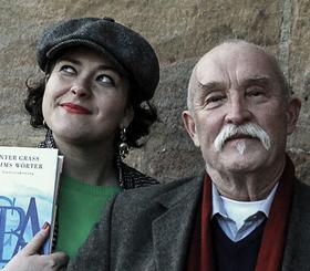 Bild: LesArt: Nora Gomringer & Günther Baby Sommer: Performance