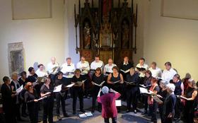 Bild: Benjamin Britten's A Ceremony of Carols Weihnachtskonzert mit - Weihnachtskonzert mit dem Madrigalchor Köln Klettenberg und Saskia Kwast