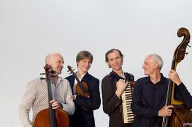 """Bild: Amarcord Wien - """"Bon Voyage"""" – Eine musikalische Reise um die Welt"""