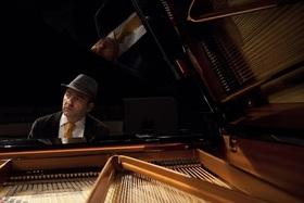 """Bild: Vahagn Hayrapetian Trio & """"Special Guest"""" Lina Knörr"""