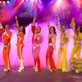 Bild: Eine Nacht am Broadway mit ABBA - mit Live-Band, Ballett und internationalen Solisten