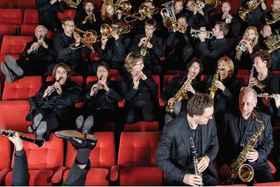 Bild: Entertaining Winds - Stadtorchester Friedrichshafen, Leitung Pietro Sarno