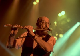Bild: The best of JETHRO TULL / 50th Anniversary by IAN ANDERSON