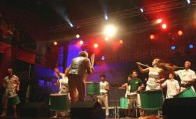 Bild: mit Mestre Memeu,  Dudu Tucci & Brasil Power Drums & special Guests, Terra Brasilis & DJ Pandeiro