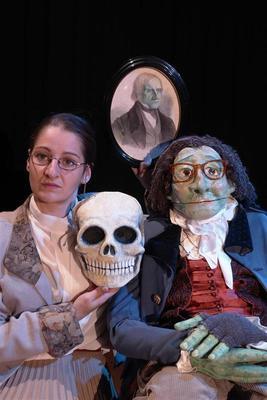 Bild: Demenz-Kampagne Baden-Baden - Rosen für Herrn Grimm – ein außergewöhnliches Figurentheater