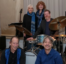 Karin Mast & Blue Karma - Hommage an Hildegard Knef