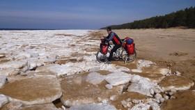 Bild: Eiskalt - mit dem Fahrrad durchs Baltikum nach Russland