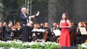 Italienische Operngala - Die beliebtesten Opernmelodien mit internationalen Gesangssolisten, Chor und Orchester