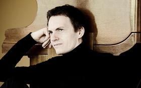 Bild: Alexandre Tharaud - Preisträger des »Echo-Klassik« mit dem Stuttgarter Kammerorchester unter der Leitung von Matthias Foremny
