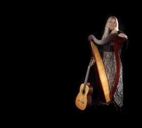 Bild: Claudia Pohel: Onder ons g´sagt - Poetischer, musikalischer Mundart-Abend
