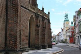 Bild: In die böhmische Königsstadt Hradec Kralove